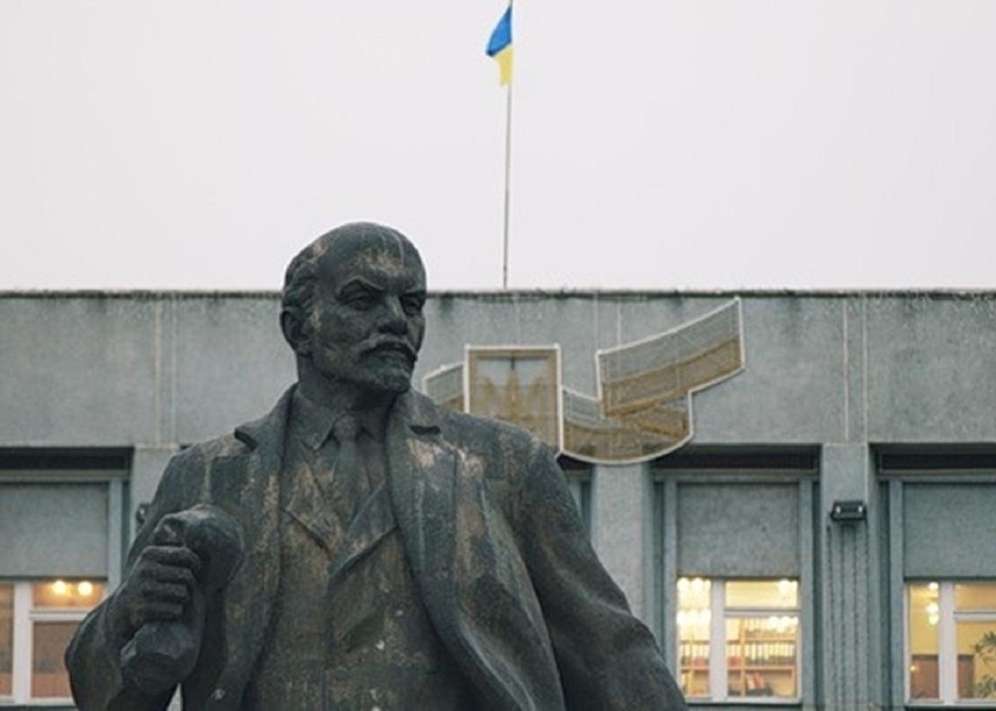 На Полтавщині залишилось близько 30 пам'ятн пам'ятників радянської епохи