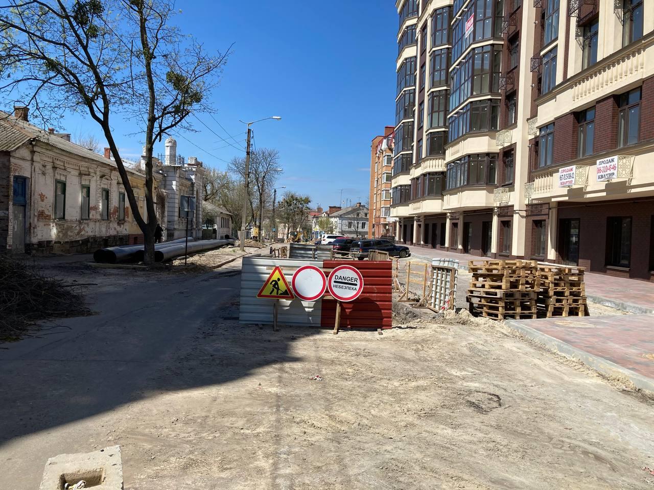 Рух на вулиці Пилипа Орлика не відновлять – «Полтававодоканал» продовжує роботи