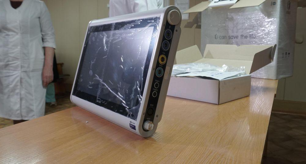 Гадяцькій райлікарні передали монітор пацієнта і капнографічний модуль