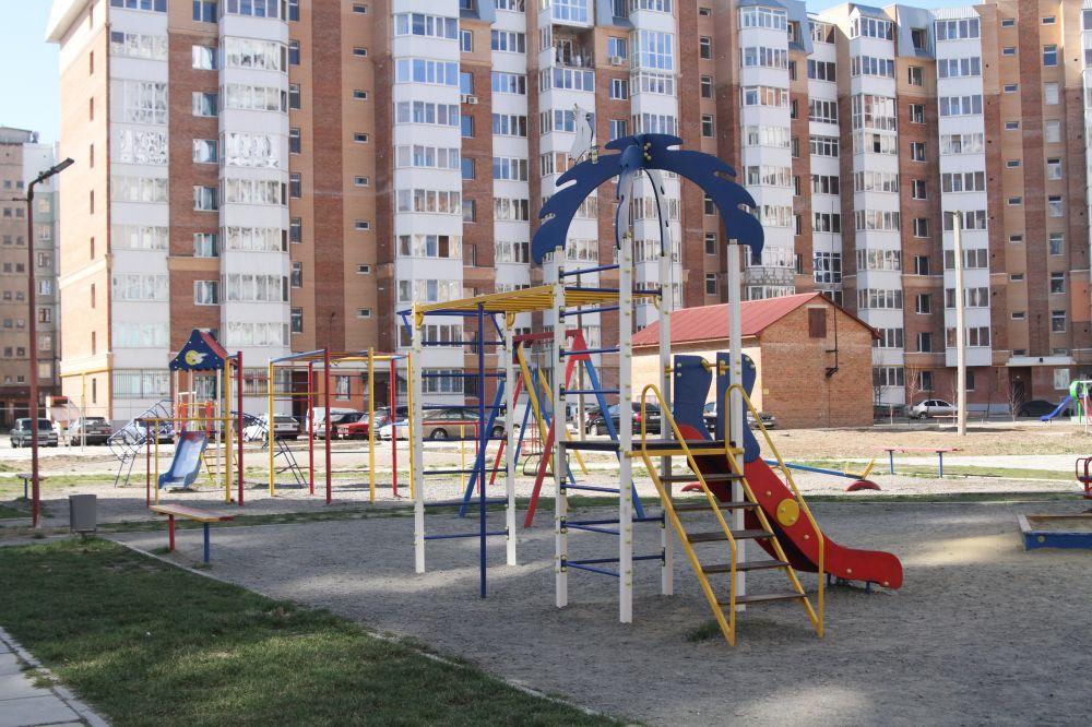 Дитячий майданчик «Лелека» на Леваді