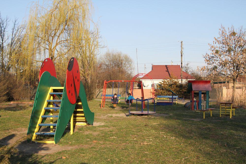 Майданчик «Дитяча казка» по вул. Тунельна