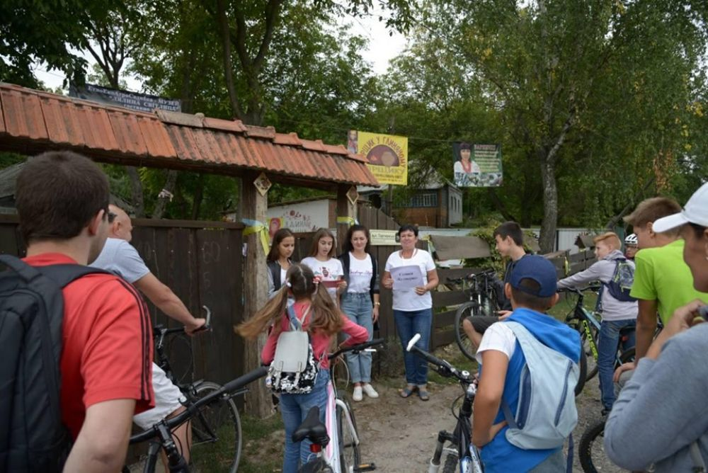 На велоквесті під Полтавою готували страви автентичної української кухні