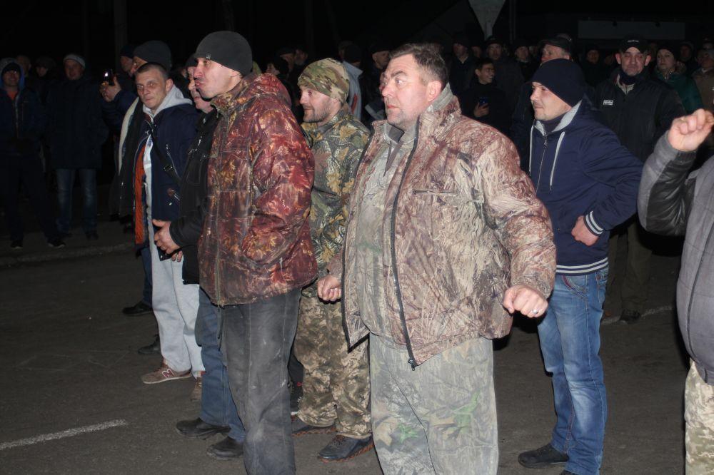 Під час протесту у Нових Санжарах (Фото – Єгора Рудя)
