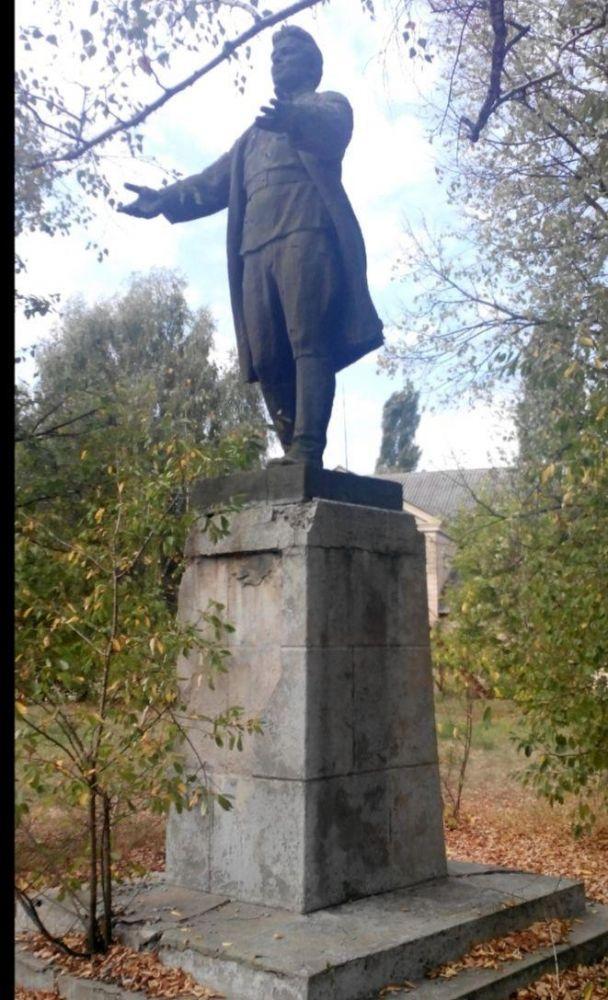 Пам'ятник комуністу Сергію Кірову (Фото – Олег Пустовгар)