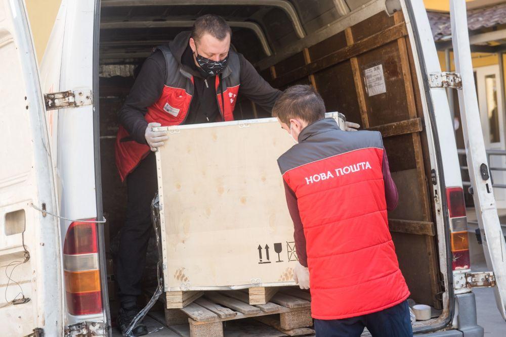 Засоби індивідуального захисту передали до Полтавської міської клінічної лікарні №3